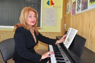 Mioara Barsan la ora de eductia muzicala 2