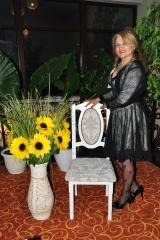 Mioara Barsan - profesor - artist - iubitor - scoala - muzica - pian - ore - sefa - natali music - grafica -