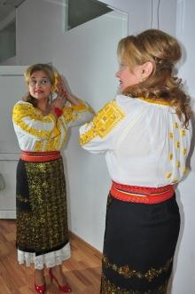 mioara-barsan-si-floarea-din-par