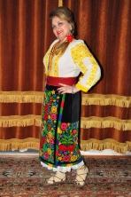 Mioara Barsan interpret muzica populara si profesor educatie muzicala