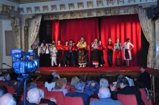 Mioara Barsan pe scena Cercului Militar din Bucuresti