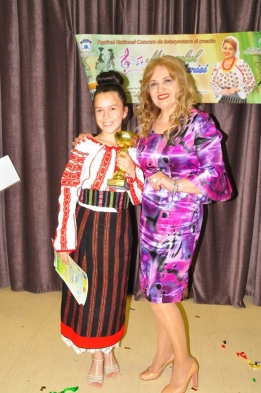 Marina Corduneanu - Trofeul sectiunii de muzica populara - iunie 2018